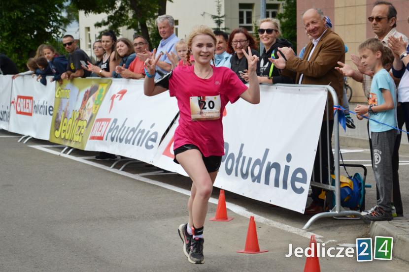 Aneta Klocek ukończyła bieg z czasem: 27:49.93